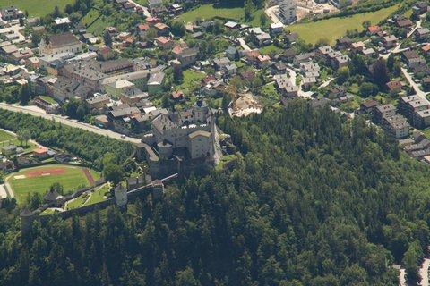 FOTKA - Eisriesenwelt - Hrad Hohenwerfen z vrchu