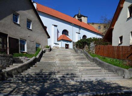 FOTKA - Schody ke kostelu