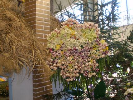 FOTKA - Zajímavé aranžmá květů