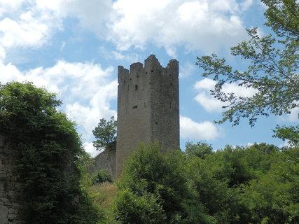 FOTKA - Dvigrad se nachází v západní části střední Istrie