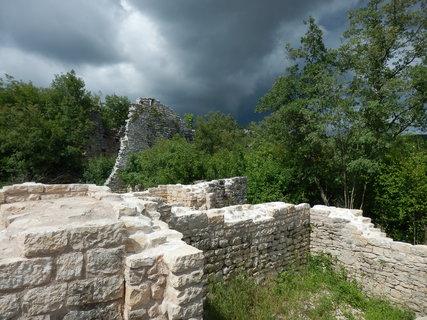 FOTKA - blíží se bouřka...Dvigrad, Chorvatsko