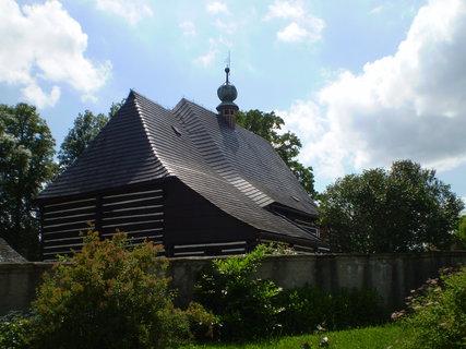 FOTKA - Dřevěný kostlík Slavoňov