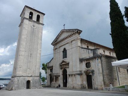 FOTKA - Katedrála Nanebevzetí Panny Marie - Pula, Chorvatsko
