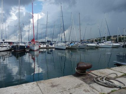 FOTKA - přístav, Chorvatsko, Pula