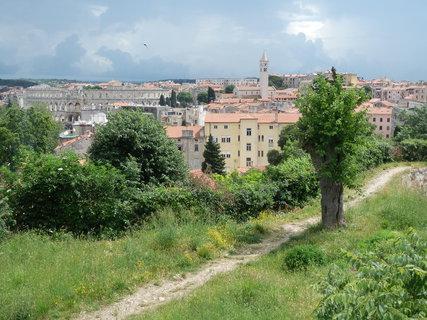 FOTKA - výhled na Pulu od pevnosti