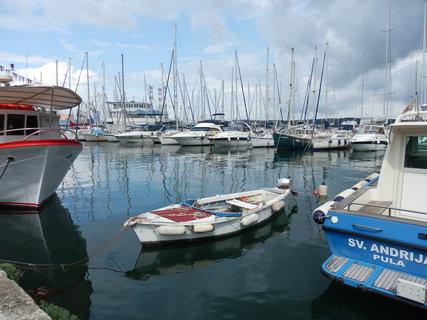 FOTKA - kouzlo chorvatských přístavů (Pula)