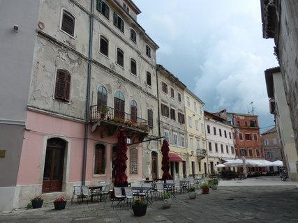 FOTKA - z chorvatských uliček - v červnu