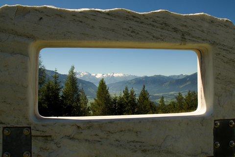FOTKA - Výšlap ke Steinalm - Mramorové okno
