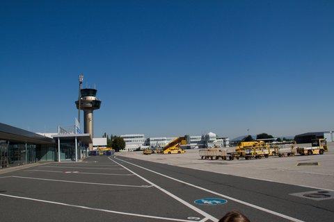 FOTKA - Školní výlet do Salzburgu - Na letišti