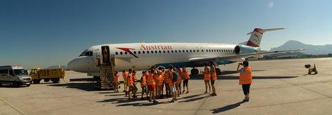 FOTKA - Školní výlet do Salzburgu - Letadlo na ploše