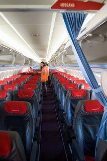 FOTKA - Školní výlet do Salzburgu - V letadle