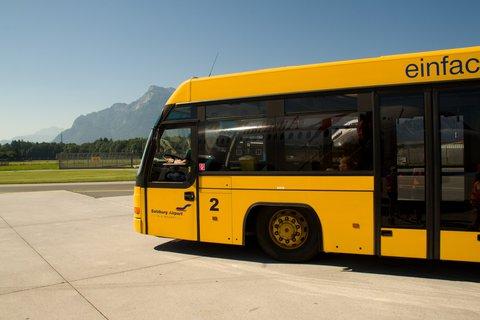 FOTKA - Školní výlet do Salzburgu - Letištní autobus