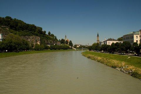 FOTKA - Školní výlet do Salzburgu - Pohled na druhou stranu