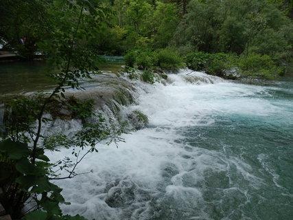 FOTKA - Plitvická jezera / Nachází se zde 140 vodopádů