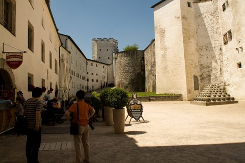 FOTKA - Školní výlet do Salzburgu - Na pevnosti Hohensalzburg