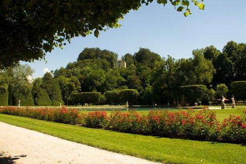 FOTKA - Školní výlet do Salzburgu - Zámecká zahrada