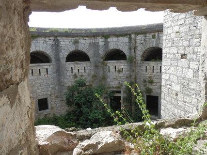 FOTKA - pevnosti kolem Puly / Chorvatsko