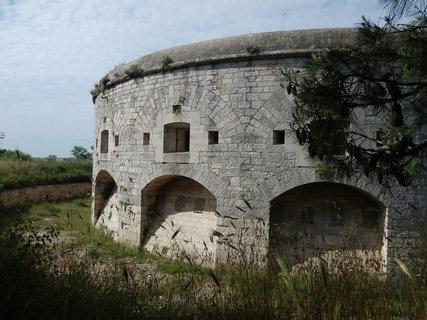 FOTKA - pevnosti kolem Puly / Chorvatsko/