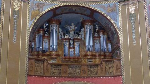 FOTKA - Varhany v bazilice