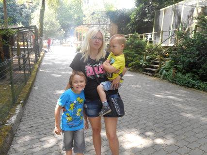 FOTKA - s dětičkami v Děčínské zoo