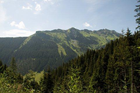 FOTKA - Na konci údoli Saalbach-Hinterglemmu - Okolní kopce