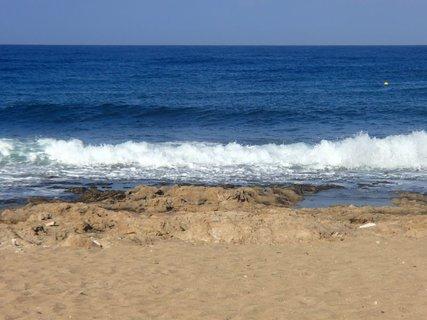 FOTKA - Cyprus - blíži sa vlna :)