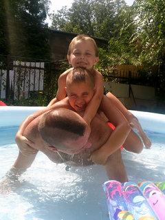 FOTKA - bazénové kliky