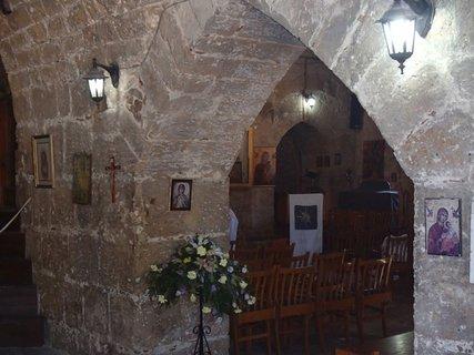 FOTKA - Cyprus - Ayia Kyriaki Chrysopolitissa - útroby kostolíka