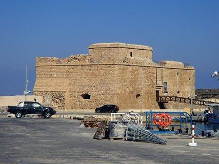 FOTKA - Cyprus - Pafoská pevnosť postavená na obranu