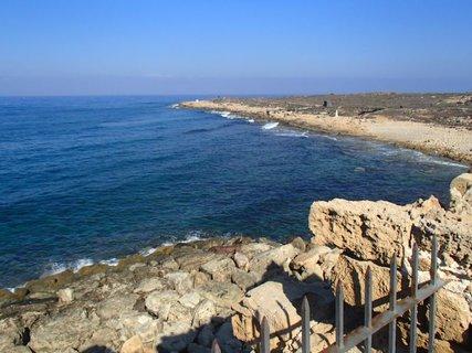 FOTKA - Cyprus - Paphos - výhľad na more z pevnosti
