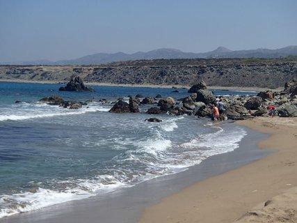 FOTKA - Cyprus - pláž Lara - posledný pohľad a ide sa ďalej