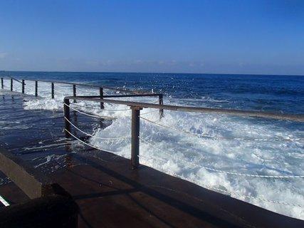 FOTKA - Cyprus - rozbúrené more