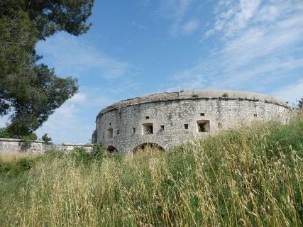 FOTKA - Chorvatsko trochu jinak - pevnosti stejn�ho typu