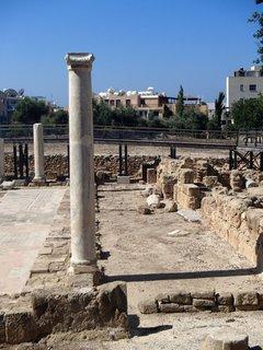 FOTKA - Cyprus - Paphos - pozostatky pilierov