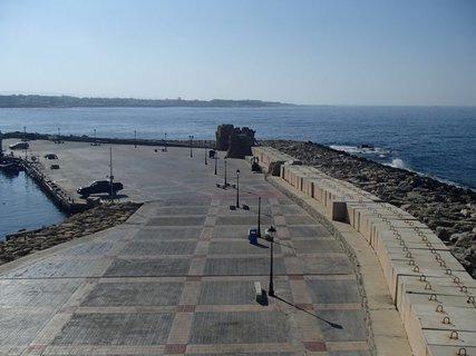 FOTKA - Cyprus - Paphos - pohľad zo strechy pevnosti