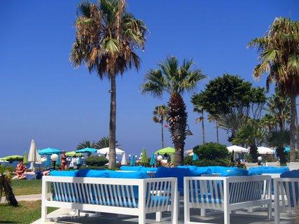 FOTKA - Sentido Cypria Bay - pre pohodlie vonku pri bazéne