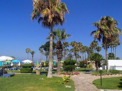 FOTKA - Sentido Cypria Bay - záhrady v areáli hotela