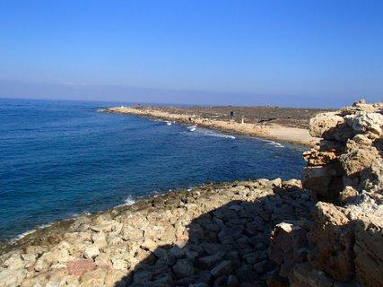 FOTKA - Cyprus - vyhliadka z pevnosti v Paphose na šíre more