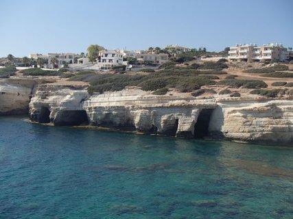 FOTKA - Cyprus - morské jaskyne