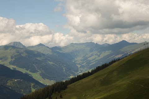 FOTKA - Asitz - Pohled na Saalbach-Hinterglemm