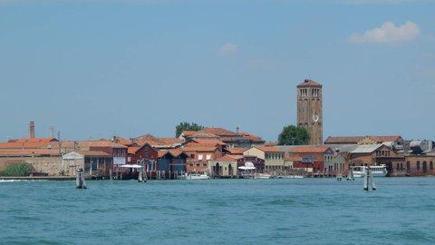 FOTKA - po moři na ostrov Murano