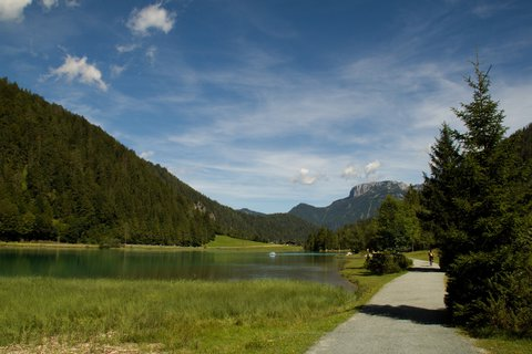 FOTKA - Výlet k Pillersee - Na břehu Pillersee