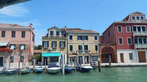 FOTKA - připlouváme na ostrov Murano