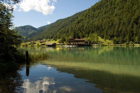 FOTKA - Výlet k Pillersee - Hostinec na druhém břehu