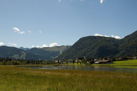 FOTKA - Výlet k Pillersee - Pohled na St. Ulrich am Pillersee