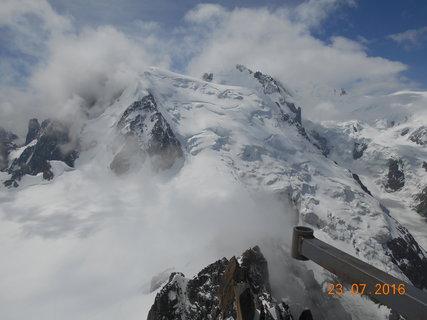 FOTKA - Mont Blanc Přímo před námi