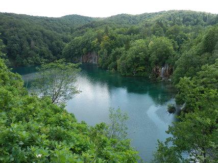 FOTKA - zrovna včera šel v TV Vinnetou....... (Chorvatsko - Plitvická jezera)