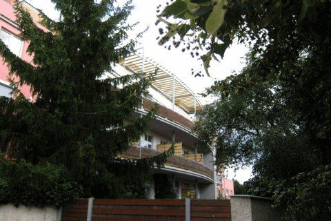 FOTKA - Barevné léto -   moderní dům