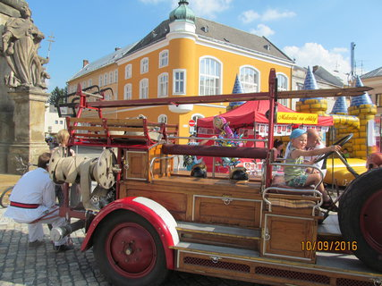 FOTKA - Staré hasické auto