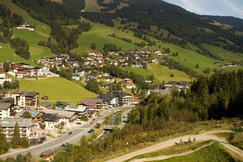 FOTKA - Schattberg - Ještě jednou Saalbach z lanovky
